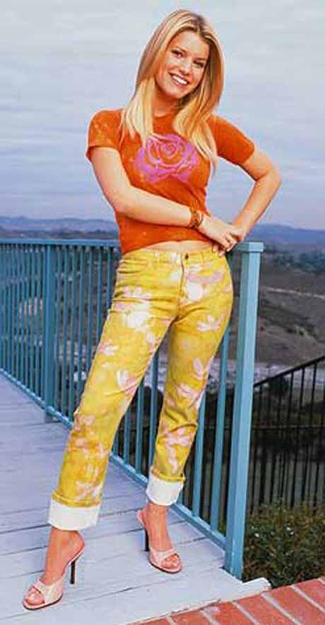 Jessica Simpson büyüdükçe güzelleşti