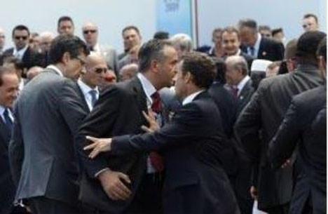 G-8 zirvesinde kavga