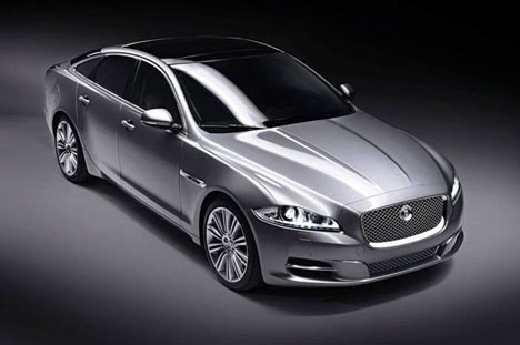 Jaguar 2010 model XJsini tanıttı