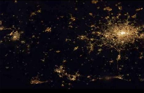 Uzaydan şehirler böyle görünüyor