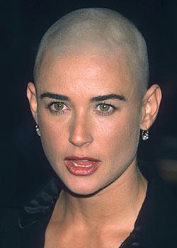 Yaşlandıkça güzelleşen star, Demi Moore...