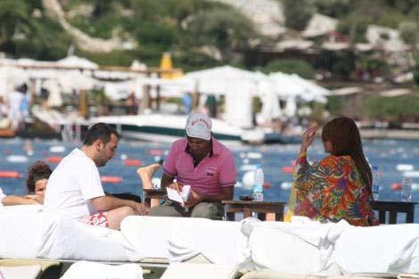 Ebru Polat sevgilisiyle yakalandı
