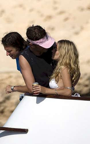 Sienna Millerın aşk tatili