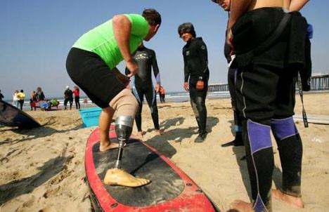 Okyanusta sörf ile tedavi