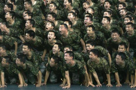 Bu askerler ne yapıyor ?