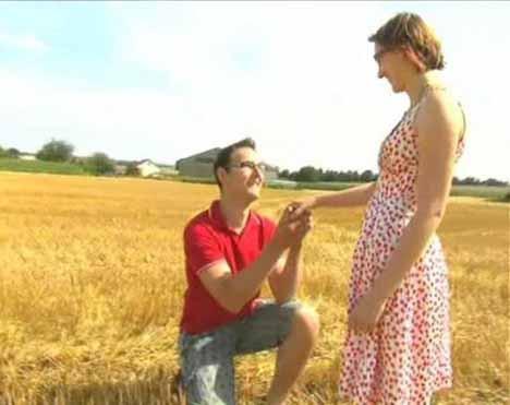 Balya ile evlilik teklifi