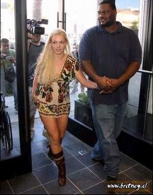 Britney Spears hiç uslanmayacak..