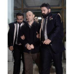 Romanyada yakalanan iki eski polis, İstanbulda