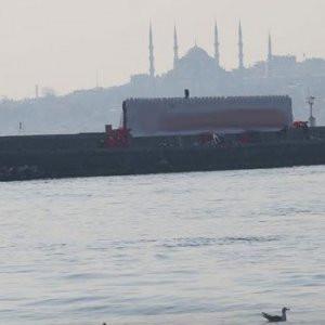 Kadıköy'de reklam krizi !
