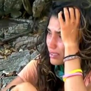 Serenay ağlama krizi geçirdi