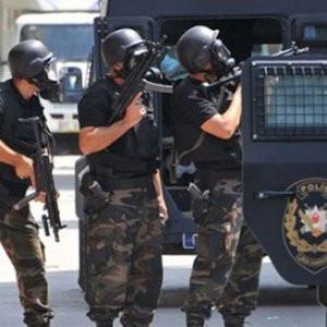 Selahattin Demirtaş'ın evine polis baskını !