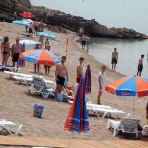 Plajda İstiklal Marşı okunursa...