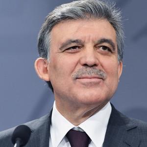 Abdullah Gül'e böcek şoku ! Kim dinletti ?