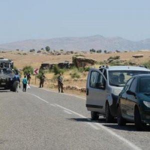 Diyarbakır'da şok gelişme: Maskeliler yol kapattı