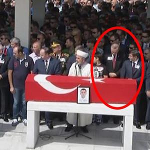 Erdoğan şehit cenazesinde şaşırttı
