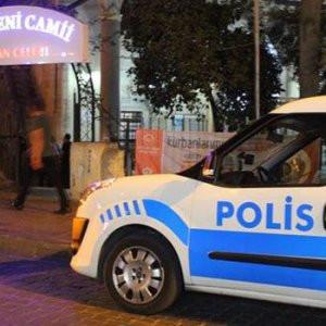 Cami hırsızları polise takıldı !