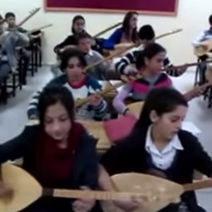 Bayburtlu çocuklardan kardeşlik türküsü..