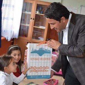 AK Partili Başkan'dan 'çalıyoruz' özrü