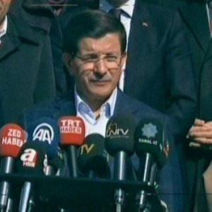 Ahmet Davutoğlu oyunu kullandı, açıklama yaptı !