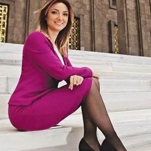 CHP'li kadın vekil seçim sonrası ayakkabısını paylaştı !