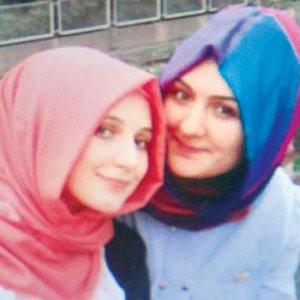 İstanbullu kız kardeşler IŞİD'e katıldı !