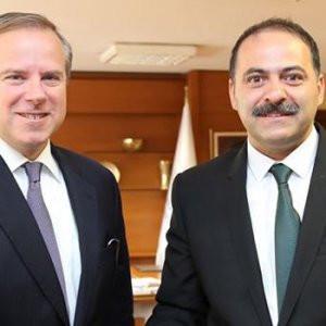Twitter'ın Başkan Yardımcısı Türkiye'de !