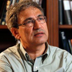 Orhan Pamuk'tan AKP'ye sert eleştiri