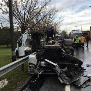 Adapazarı'nda zincirleme kaza: 25 yaralı