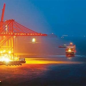 Karadeniz'de gece yarısı ''ticaret'' operasyonu