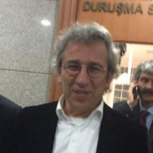 Can Dündar'a o davadan beraat