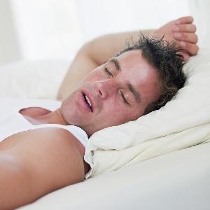 Fazla kilo uykuda nefes kesiyor