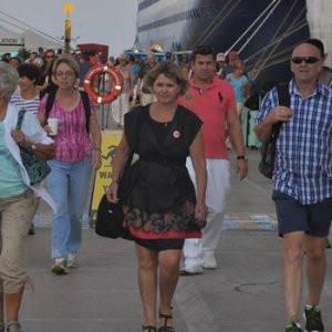 Turist sayısı giderek azalıyor