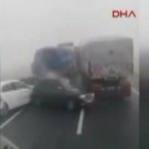 Kamyon şoföründen kazaya görülmemiş tepki