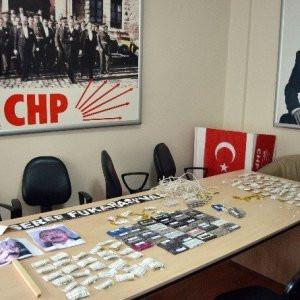 CHP'ye kasetli protesto