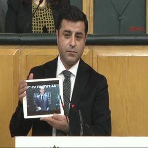 """Demirtaş: """"Teknoloji özürlüyüm"""""""