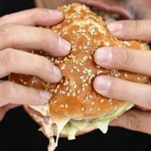 Fast food reklamları 21:00'den sonra yasaklansın talebi !