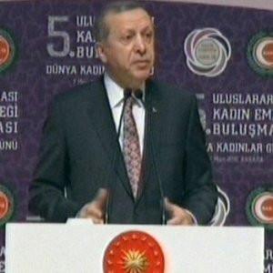 Erdoğan: ''Kadını özgürleştirmekten...