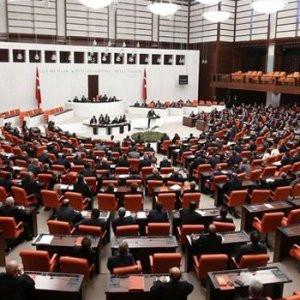 HDP'li vekillerin fezlekeleri Başbakanlık'ta