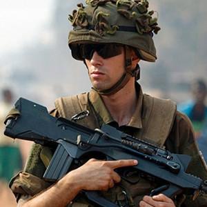 Askerler 4 kızı köpekle ilişkiye soktu iddiası