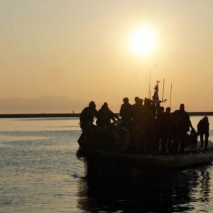 Dikili'de mültecilere tepki de var, hoşgörü de...