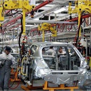 3 otomotiv devi üretimini durdurdu