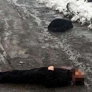 Katil kardeş cenazeye katılmış !
