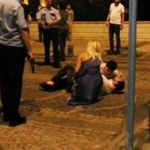 Samsun'da ikizler polisin silahını aldı ve...