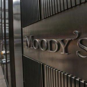 Piyasalarda alarm ! Moody's Türkiye'yi 'çöpe'...