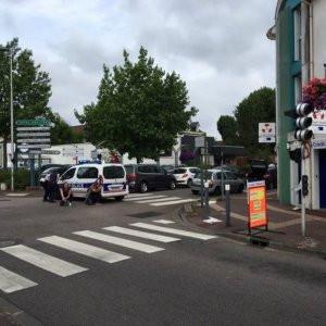 Fransa'da rehine krizi !