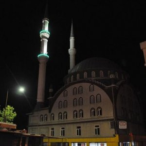 Gece okunan sela İzmirlileri korkuttu