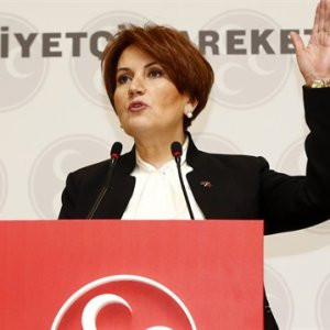 ''Akşener'in ekibi FETÖ bağlantılı'' iddiası
