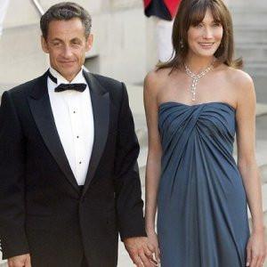 Sarkozy'nin boyundan büyük huyları varmış