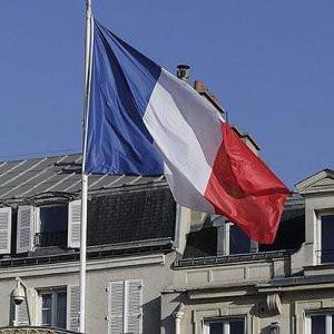 Fransa'da sağın cumhurbaşkanı adayı belli oluyor
