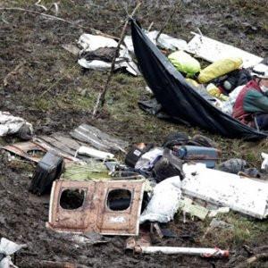 Uçak kazasından nasıl kurtulduğunu anlattı